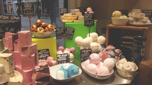 lush blogger breakfast