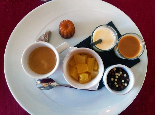 nespresso gourmand, cafe gourmand, sweets, coffee