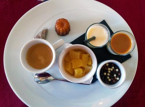 nespresso gourmand, cafe gourmand, sweets, coffee